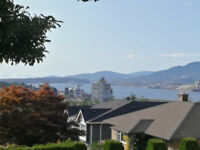 Oceanview 3BR/2BATH 2400 sq.ft. home in Vancouver Heights