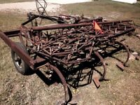 Cultivator 10 ft with harrows and bar