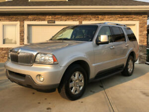 LOADED LINCOLN AVIATOR IN IMMACULATE CONDITION $5,900. OBO!!!