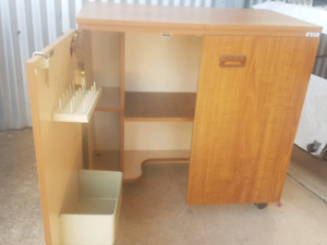 Sewing machine cupboard