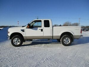 2009 Ford F-250 SD V10 Tow Package 4x4 Low kms
