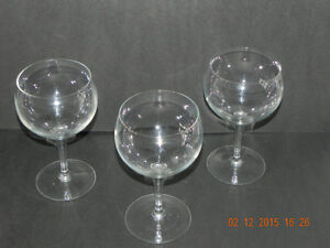 Extra BIG wine glasses (reduced price )To $5.00