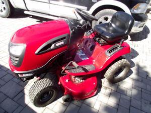 lawn tractor looking to buy a john Deere or Craftsman