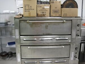 Garland Double Deck Pizza Oven
