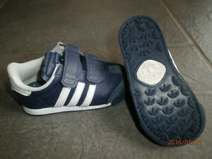 Adidas shoes toddler size 6 London Ontario image 3