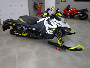 2016 Skidoo MXZ 800 X Package