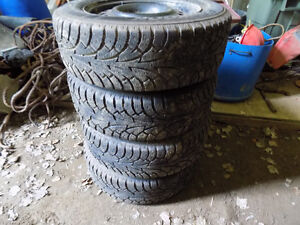 4 HANKOOK WINTER TIRE ON RIM 205 65R 16