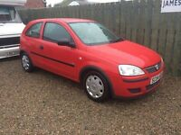 Vauxhall Corsa 1.0 life 04 reg 1 year mot new battery new exhaust excellent condition