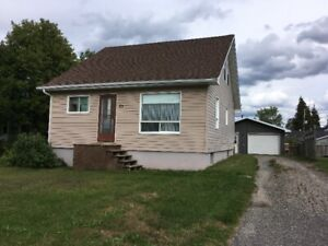 63 Fifth ST $72,500 Smooth Rock Falls, Ontario MLS® #M192159