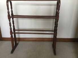 MAHOGANY TOWEL RAIL