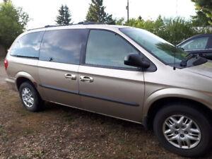 2002 Dodge Caravan Bronze Minivan, Van