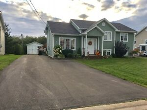 Shediac house for sale with Detached Garage15x20