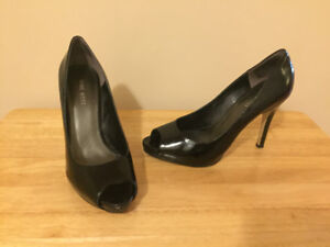 Ladies Brand Name Size 7 & 7.5 Shoes - Coach, MK ++++