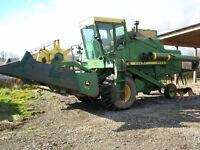John Deere 6600 Combine