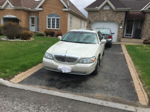 2007 Lincoln Town-Car Signature