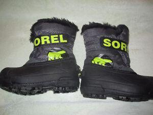 Sorel Boots size 10 toddler