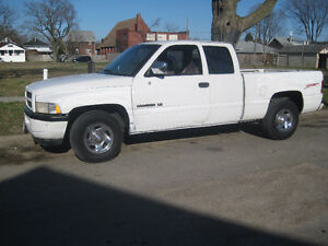 SWAP  1996 DODGE RAM 1500 FOR  DODGE MAGNUM WAGON Windsor Region Ontario image 6