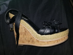 Womans shoes 3 types