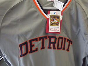 N.W.T. MITCHELL & NESS LANCE PARRISH JERSEY SIZE LARGE Windsor Region Ontario image 2