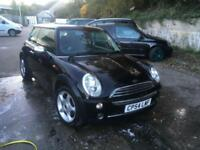 Mini Mini 1.6 ( Pepper ) One ,NOV 2018 MOT,FULL LEATHER,GLASS PANPORAMIC ROOF.