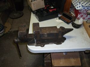 Old Anvil Vice