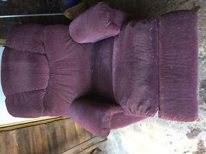 Recline sofa chair Cornwall Ontario image 3