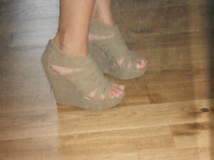wedges beige taupe tan,size  38, 8.5 Kitchener / Waterloo Kitchener Area image 1