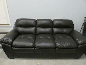 Bonde Leather Sofa