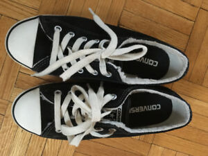 Converse shoes women's size 6