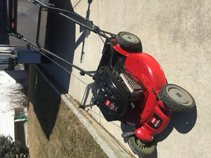 Toro Self Propelled Lawnmower Super Recycler
