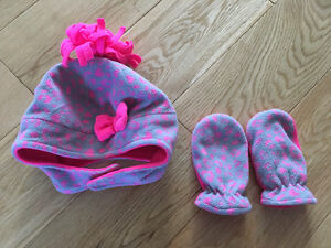 Jumping beans baby girl hat & mittens