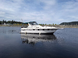 REDUCED obo, 1989 3370 Express Cruisers