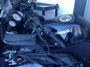 $3500 OBO Lightly-used 2012 Kawasaki Ninja for SALE