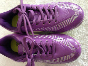 Girls Lotto Soccer Cleats Oakville / Halton Region Toronto (GTA) image 1