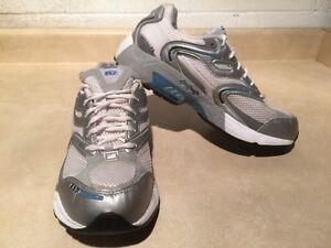 Women's New Balance 857 Running Shoes Size 10 London Ontario image 3