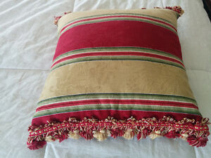 2 Decorator Pillows for 20.00