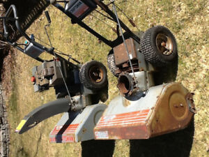 Snowblower and body for parts or repair