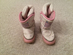 Reduced - Barbie Winter Boots / size 8