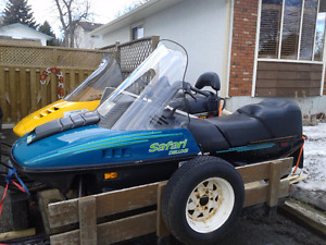 1995 Skidoo Safari Deluxe - electric start - $2100