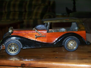 """HERITAGE MINT"" CLASSIC WOODEN/WOOD CAR MODEL 14.5 in"