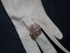 Absolutely ADORABLE PRINCESS Ring Sterling Silver size 7.5