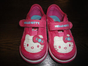 $15 Hello Kitty Keds Velcro Baby Girl Shoes Sneakers Pink 4