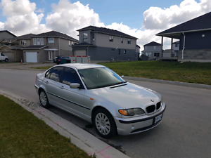 2002 BMW 320i with New Tint Cold A.C. and much more