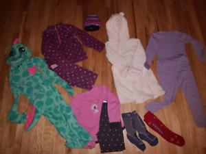 Lot de vêtements fille hiver 4-6 ans