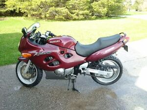 1999 Katana 750 and riding gear for sale