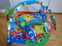 Kit- Baby Einstein - Rhythm of the Reef (Play gym + Prop pillow)