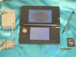 3DS in Black or Aqua with 40+ Games & SNES emulation 700+ titles
