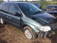 2007 Chrysler grand voyager 2.8crd engine / BREAKING ALL PARTS AVAILABLE