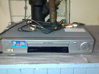 Sony HiFI Stereo VCR with audio visual cords