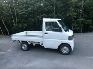 RIGHT HAND DRIVE , 2002 MITSUBISHI MINI CAB